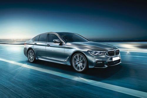 BMW 5 Series Sedan Front Medium View