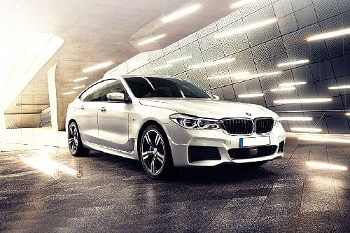 6 Series Gran Turismo Front angle low view