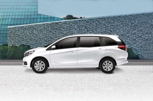 Mobilio Side view