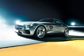 Mercedes-Benz AMG GT S 4.0-Liter Twin-Turbo V8