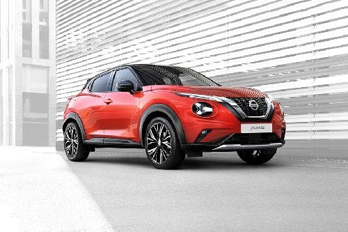 Juke 2021 Front angle low view