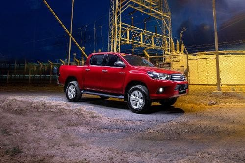 Hilux Front angle low view
