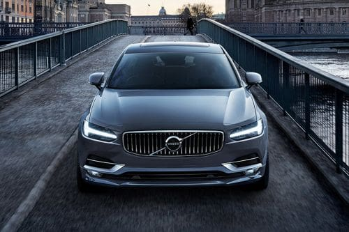Full Front View of S90