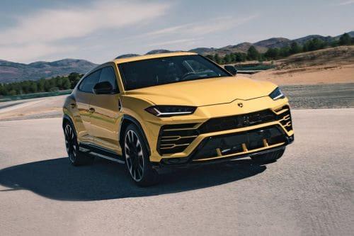 Lamborghini Urus Front Medium View