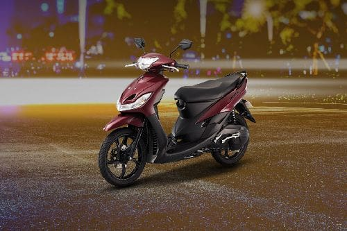 Yamaha Mio Sporty Slant Front View Full Image