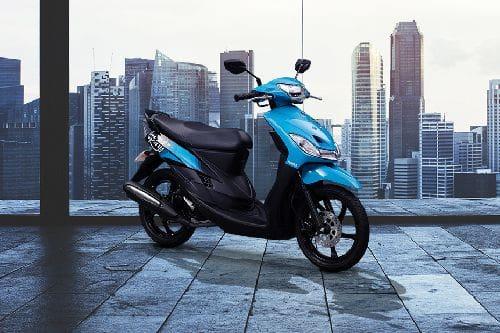 Yamaha Mio Sporty Slant Rear View Full Image