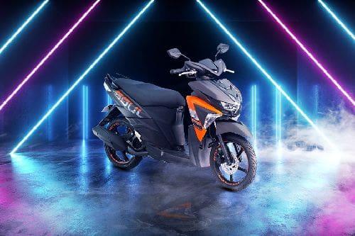 Yamaha Mio Soul i 125 Slant Rear View Full Image
