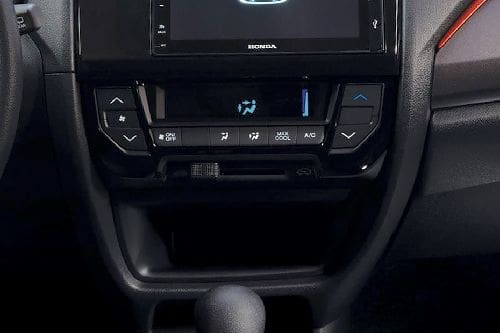 Front AC Controls of Honda Brio
