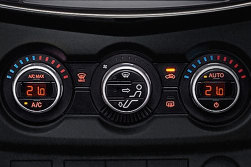 Front AC Controls of Mazda BT-50